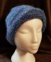 KNIT HAT IN TONES OF BLUE AND LAVENDER